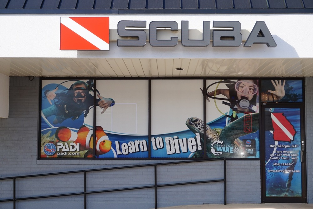 Dive Georgia Retail Located in Woodstock, Ga  we have everything from new gadgets for your scuba setup to fully gearing up for the first time! Our friendly retail team are available 7 days a week to get you what you need and to guide and advise you when it comes to Scuba equipment.   Check Out The Store →
