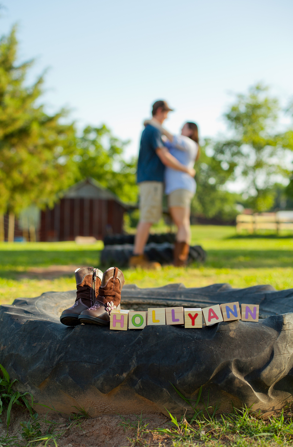 Creative-Gender-Reveal-Photography-at-Red-Hill-Farm-in-Franklinton-NC