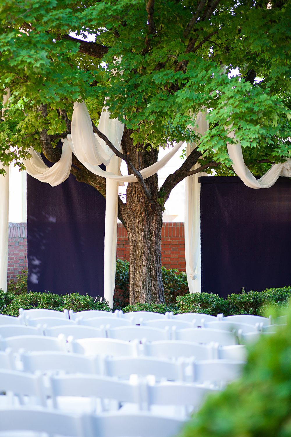Courtyard Wedding at The Carolina Inn