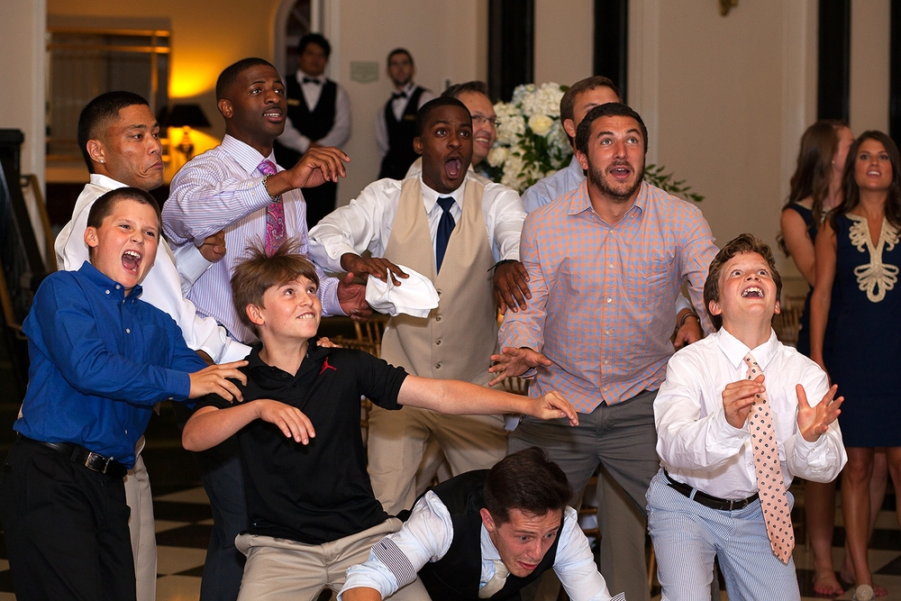 Funny Garter Toss Pictures