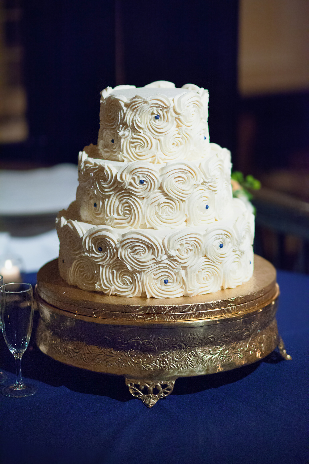 Navy & Gold Wedding Cake Ideas