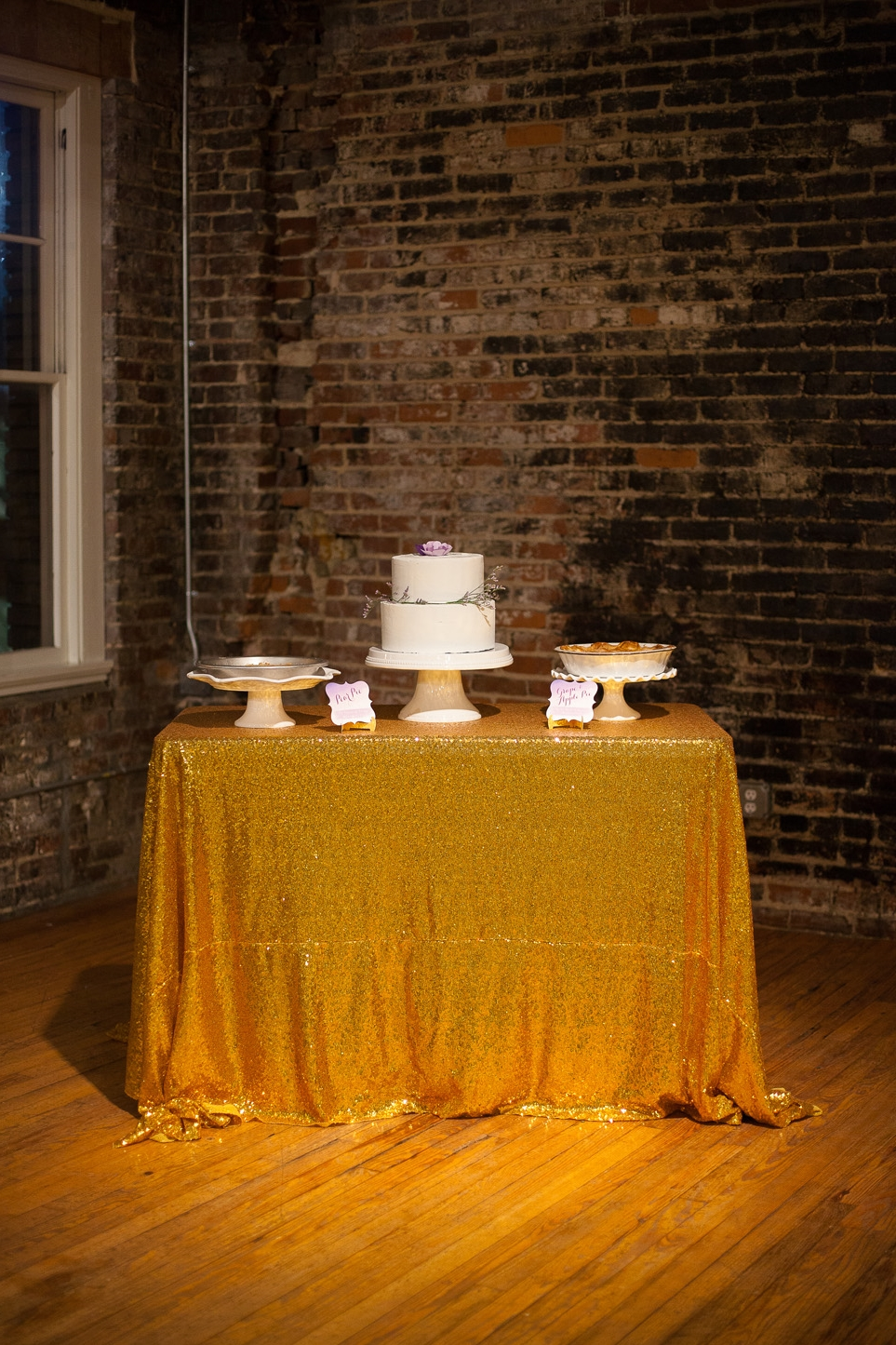 Sequin Gold & Purple Cake Table