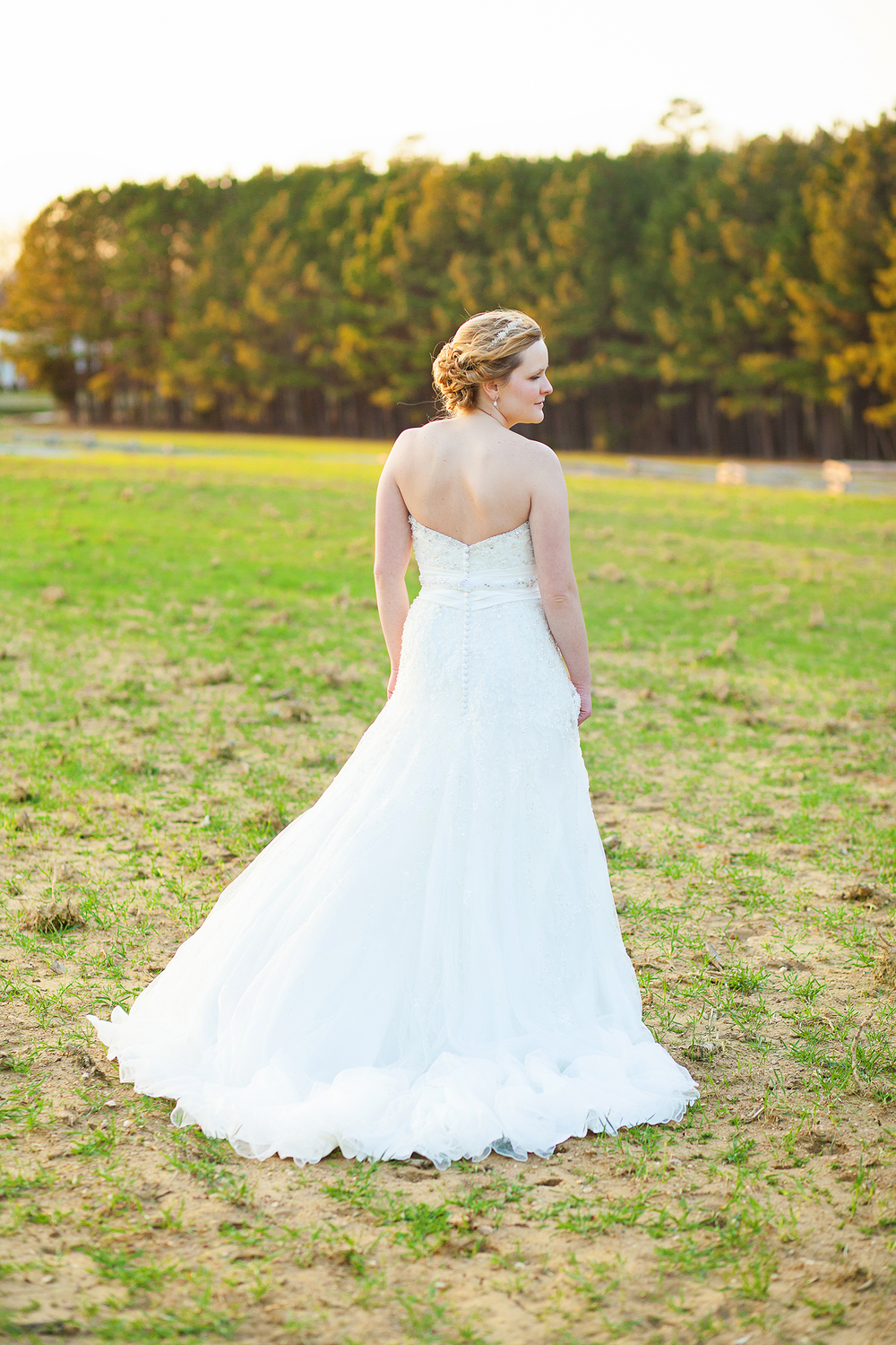 Romantic Bridal Portrait Poses