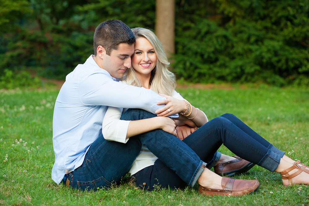 Cute Engagement Session Poses