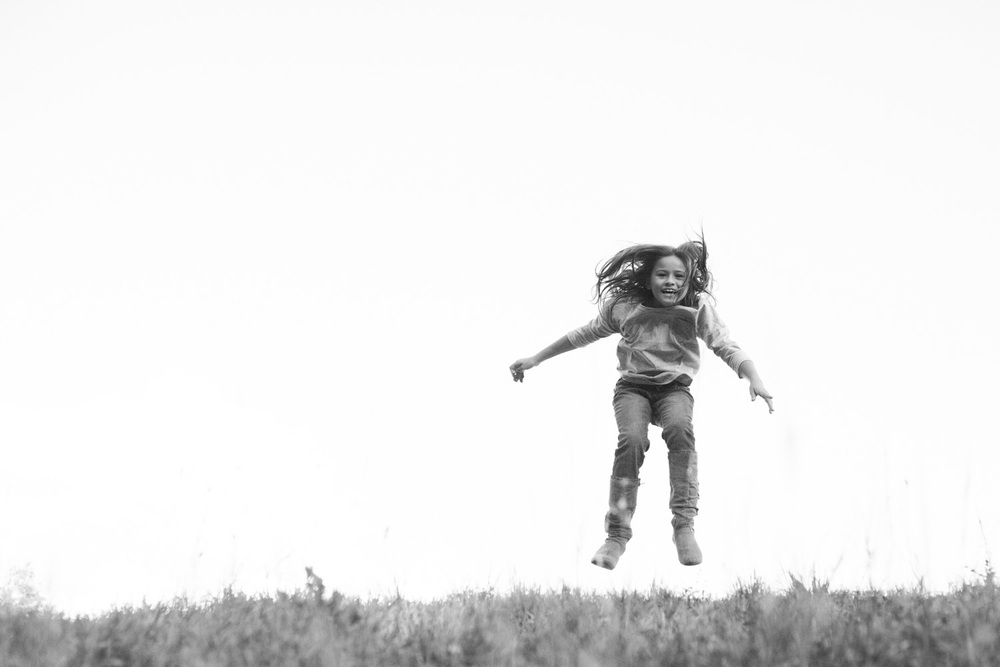 photography action shot of girl jumping