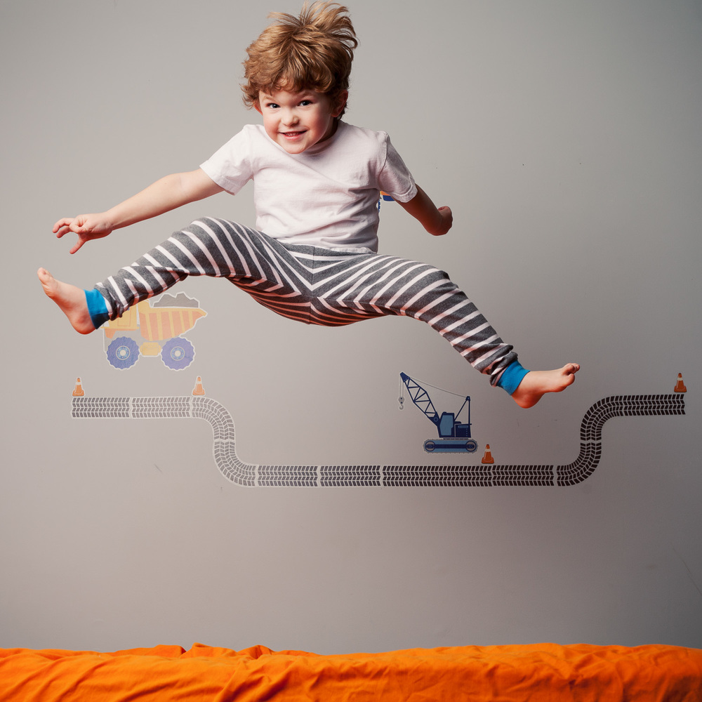 kids photographer atlanta boy jumping