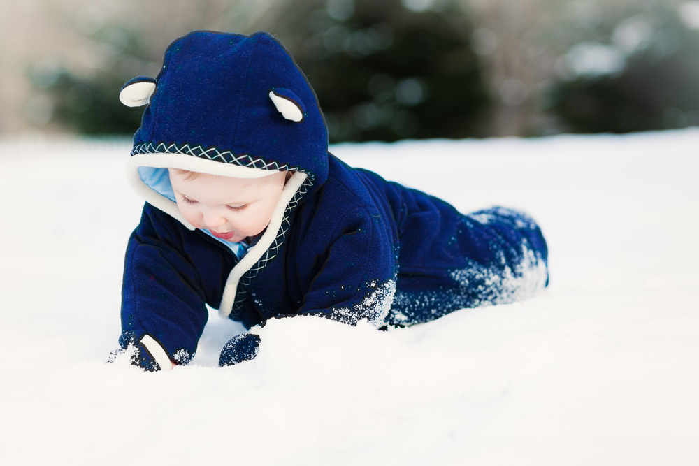Atlanta kids photographer baby in snow