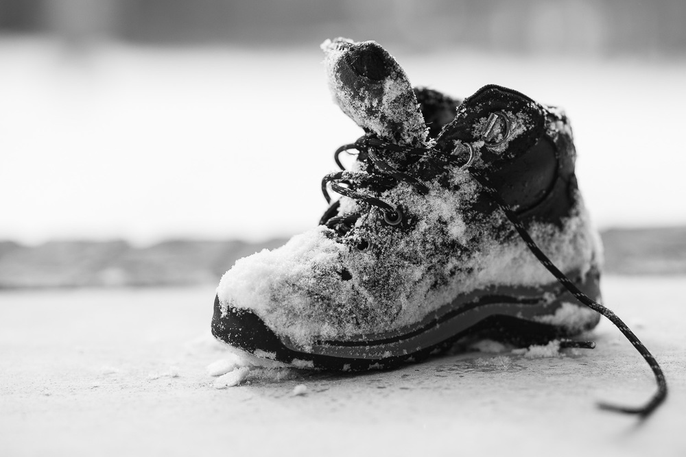 atlanta kids photographer detail shot of snow boot