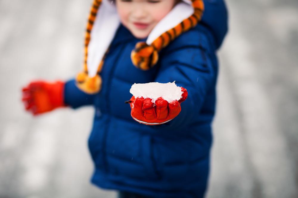 children's photographer atlanta snow ball