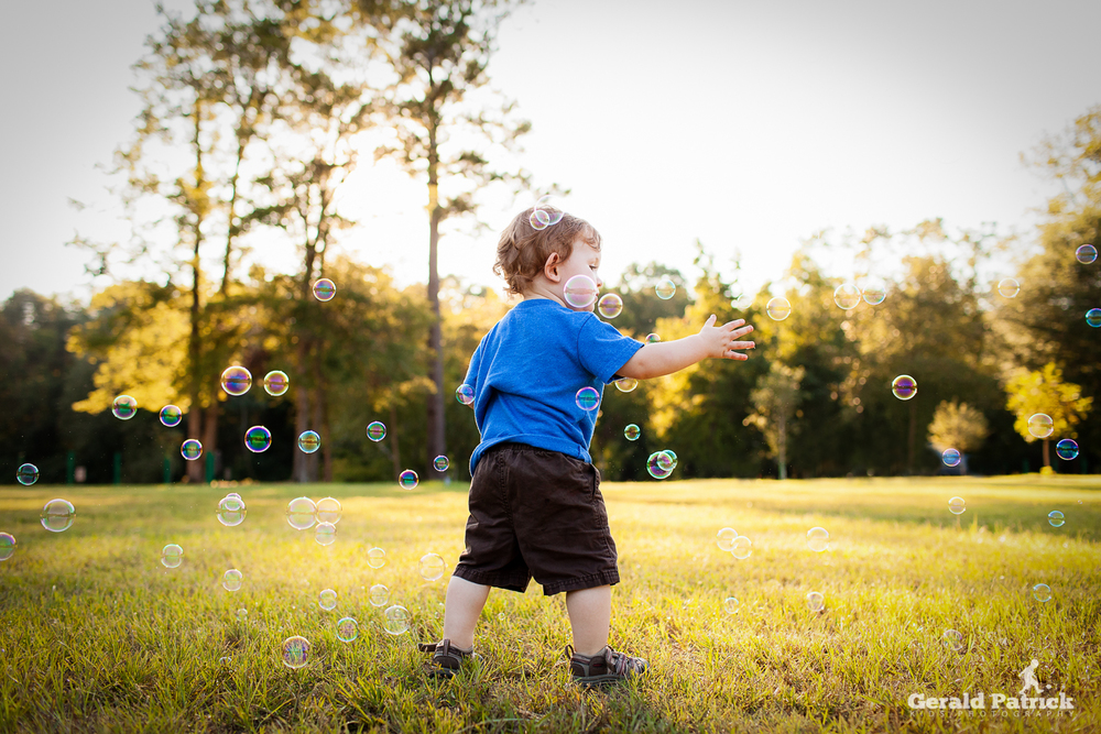 atlanta kids photographer bubble session