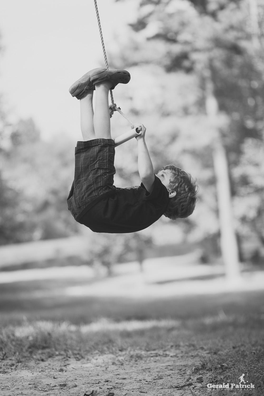 decatur photographer boy swinging