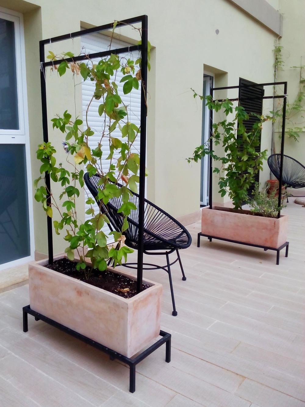 Plantstands.jpg
