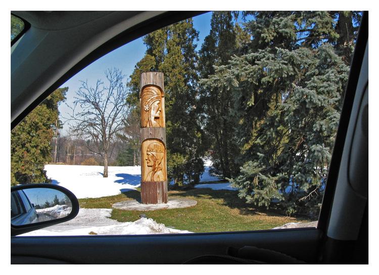 Mississauga, Ontario, Golf Club grounds, totem pole