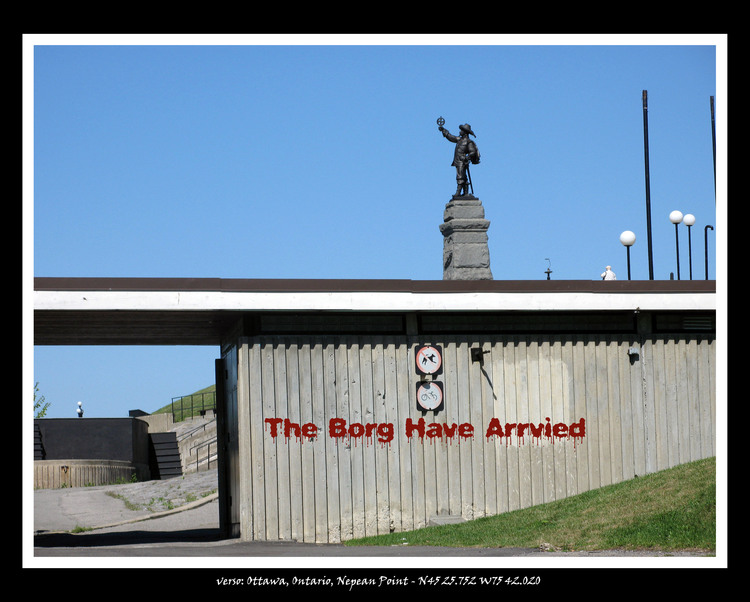 Graffito, Monument Nepean Point, The Borg have Arrived, drive-by view from parking lot