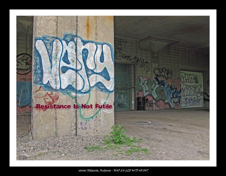 Graffito, Ottawa, Ontario, driveby