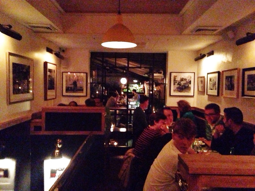 Montmartre - Dining Room