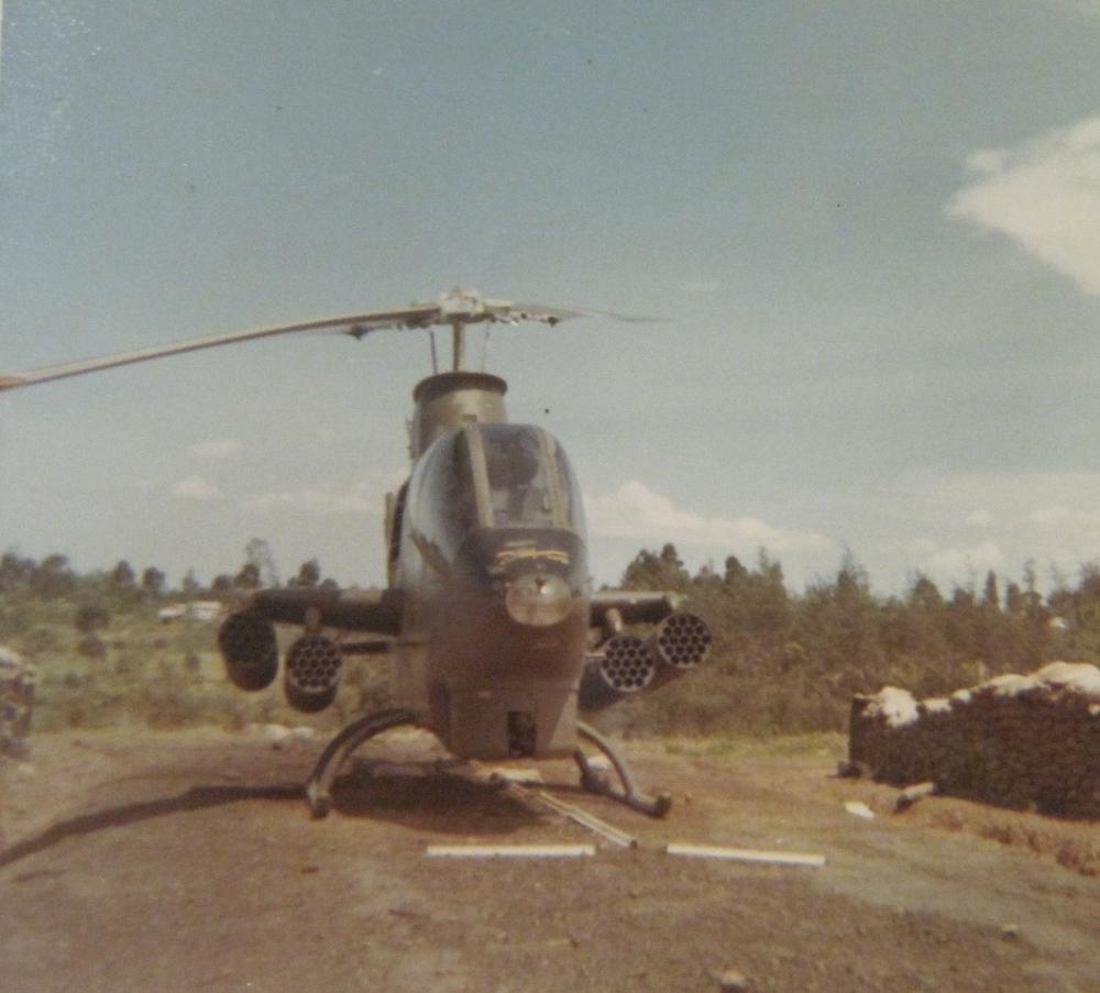 AH-1 Cobra gunship