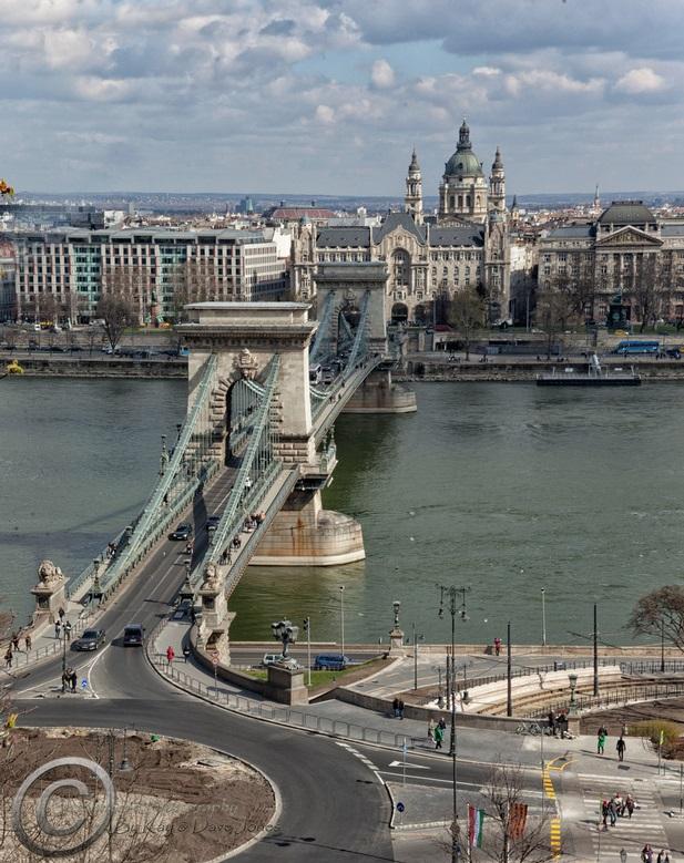 Budapest Building 3.jpg