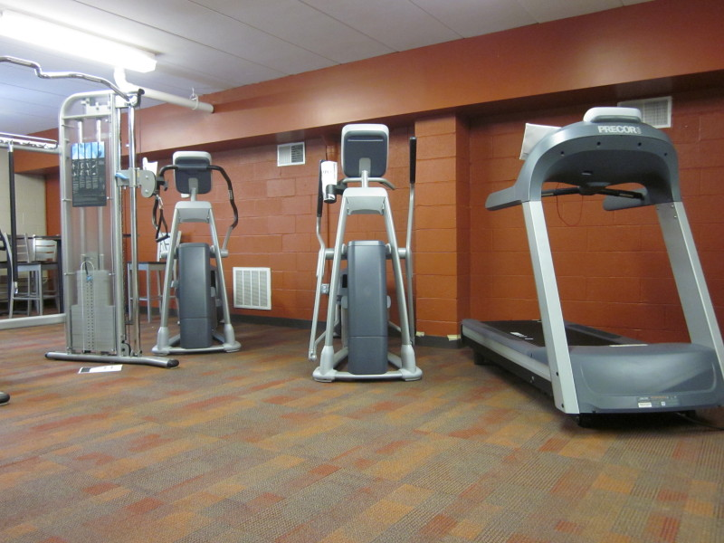 Exersise equiptment in the fitness lounge 433 basement.jpg