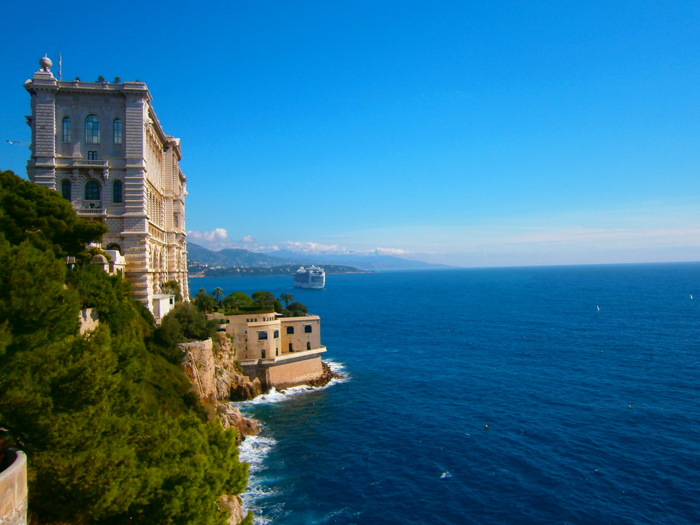 Viator.com: Hacking Monaco: A Commoner's Guide to One of the Wealthiest Countries in the World