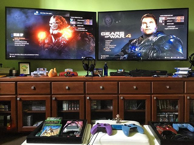 Date night with Cliffy! I let him be player 1 so I could play as Kait😁. #gearsofwar4 #coopbuddiesforlife
