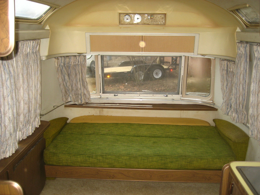 Airstream trailer_20080207_0935.JPG