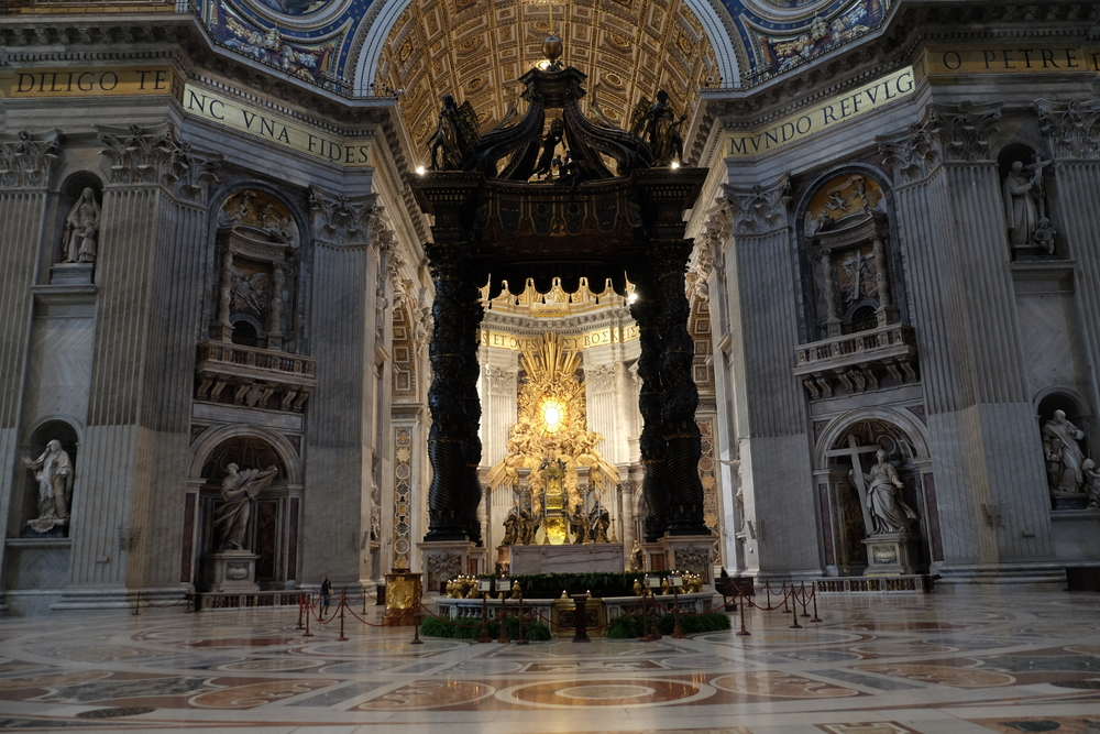 Vatican:  St. Peter's Church:  Inside