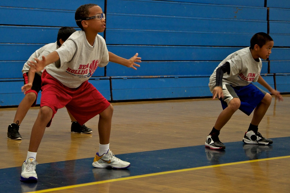 Ryan Hollins Basketball Camp 15.jpg