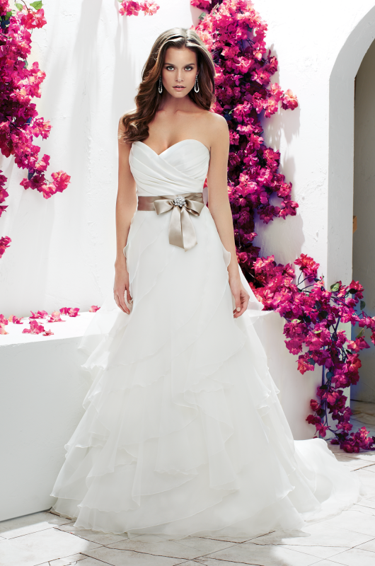 paloma-blanca--gown-1751--front--mikaella-bridal.png