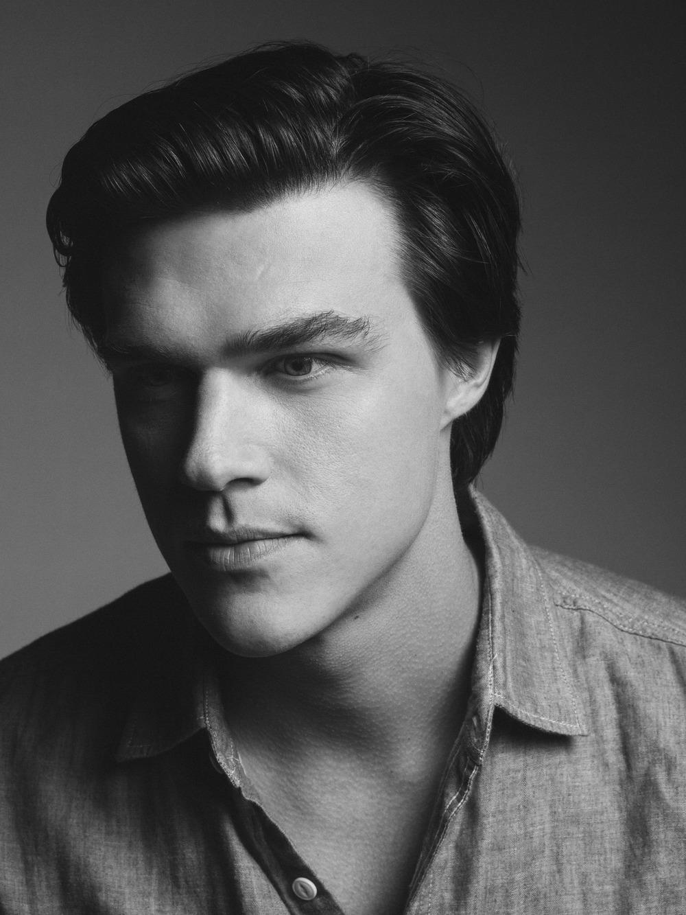 Finn Wittrock - Actor