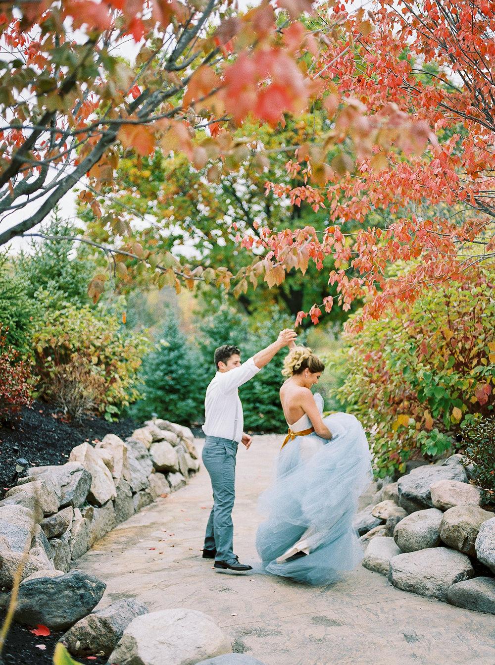 Alexandra-Elise-Photography-Ali-Reed-Film-Wedding-Photographer-Deerfield-Country-Club-068.jpg