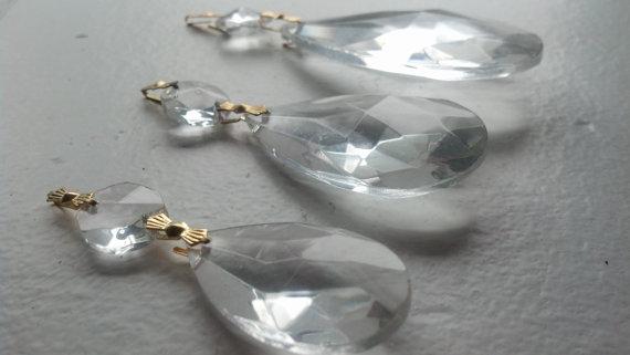Magnetic lamp crystals. Genius idea!