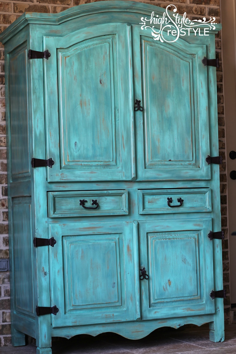 Rustic Chalk Painted Furniture