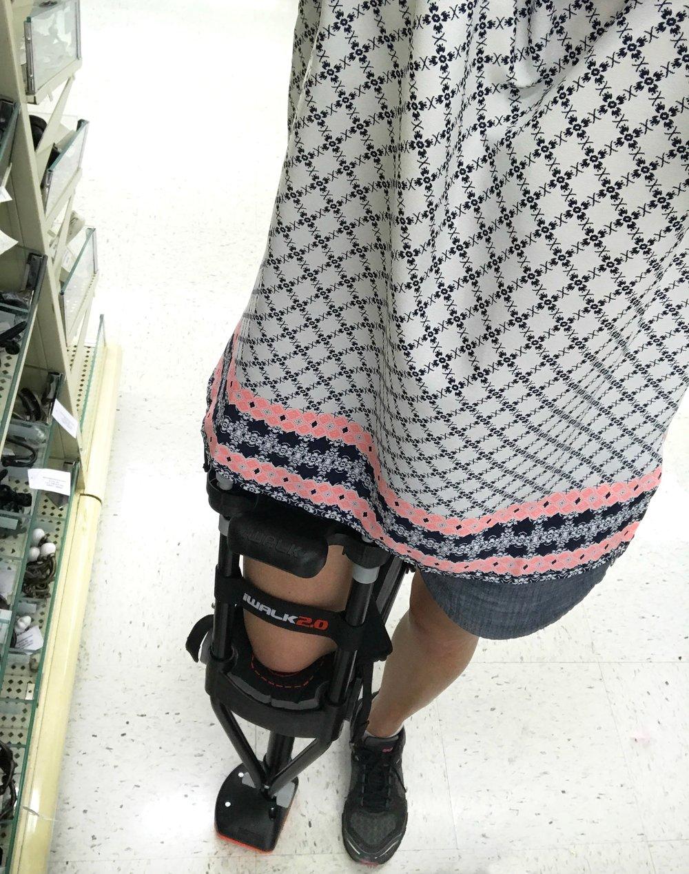 Iwalk crutch.jpg