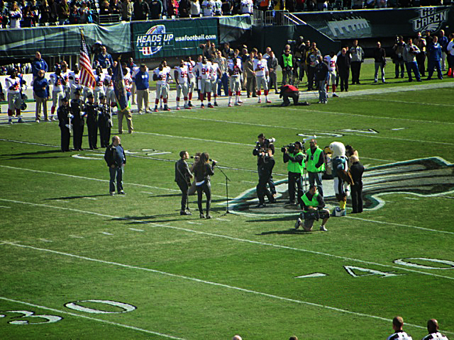 Korbee-National-Anthem-Eagles-Giants-Lincoln-Financial-Field-3.jpeg