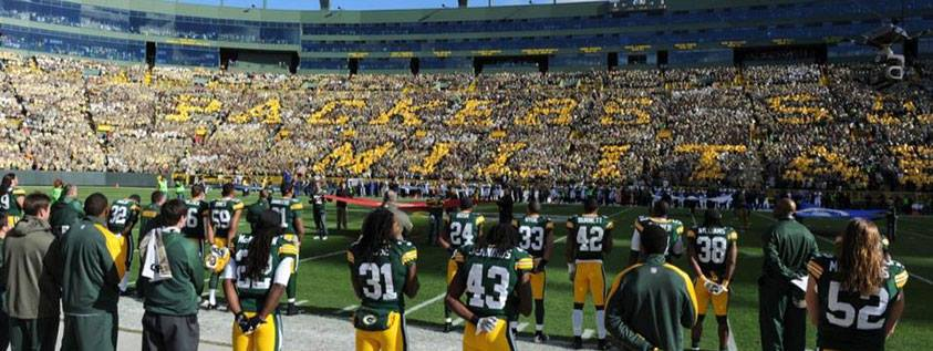 Korbee-National-Anthem-Packers-Eagles-Lambeau-Field-10.jpg