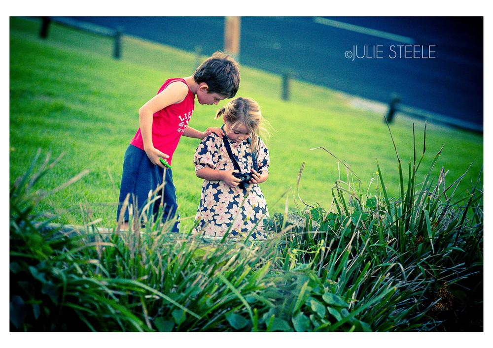 Children enojoying photography