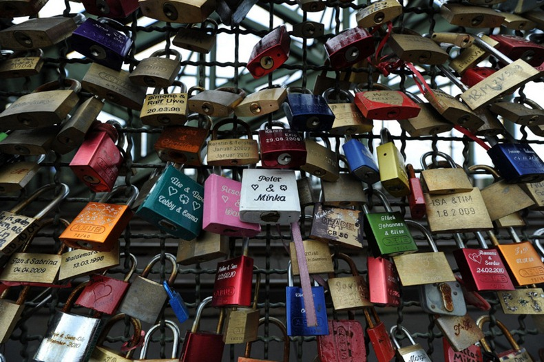 love-locks-2[1].jpg