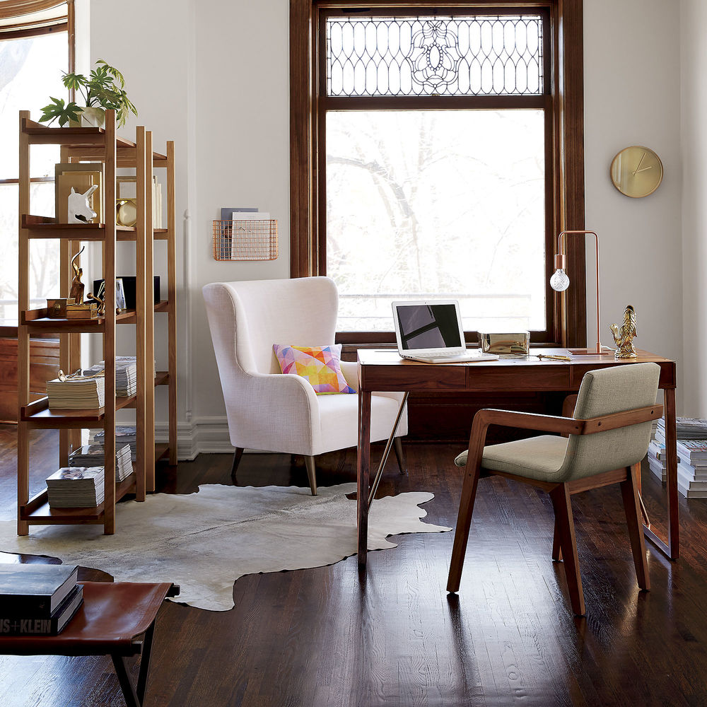 Leather trim desk scene 3
