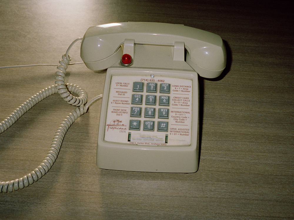 telefon pacific sands copy.jpg