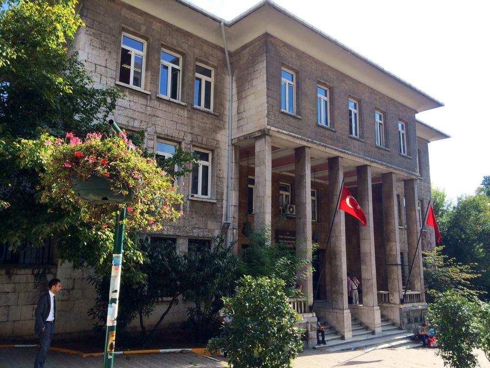 Beyoglu Tax Office at Meşrutiyet Caddesi No:125