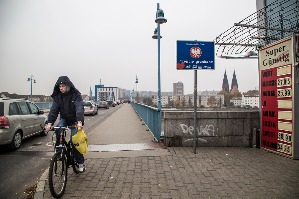 The strict checkpoints on the German and Polish border have been dismantled following Poland's entry into the European Union and later, the visa-free Schengen zone.