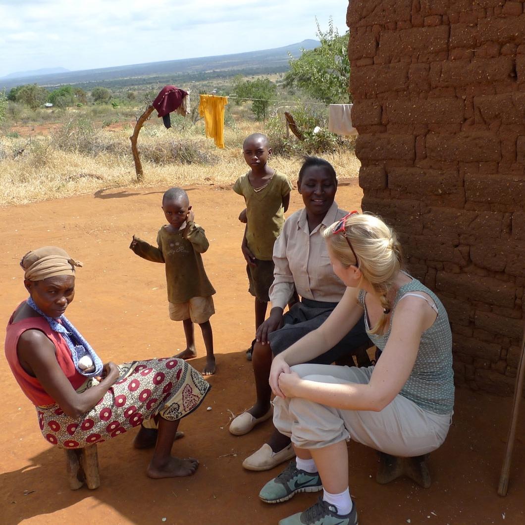 IUG Master med mening student Kaja fra NTNU i Kenya.