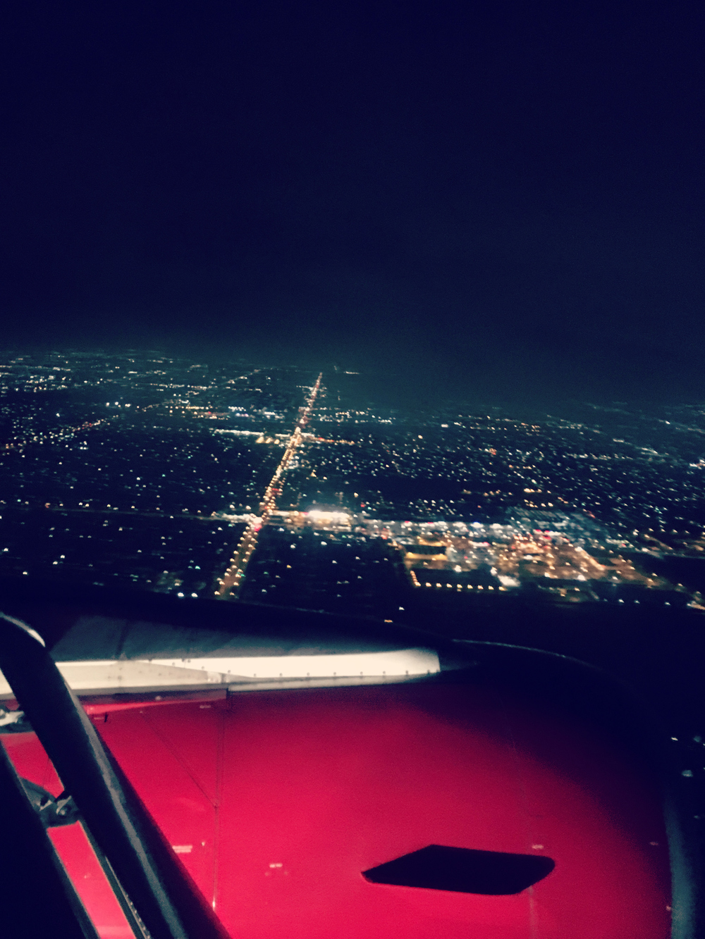 plane_la.jpg