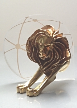 Cannes Festival Gold Lion for Innovation Thunderclap