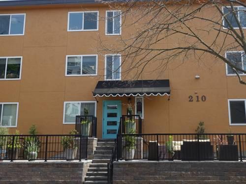 Mykonos, Apartment Vacancies on Capitol Hill