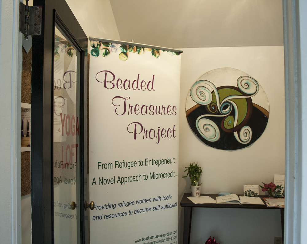 beaded treasures sign open door.jpg