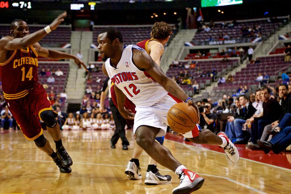 Pistons-AP1WEB.jpg