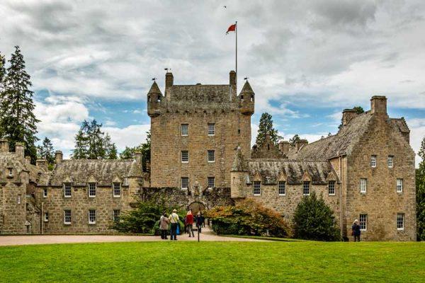 Cawdor-Castle-600x400.jpg