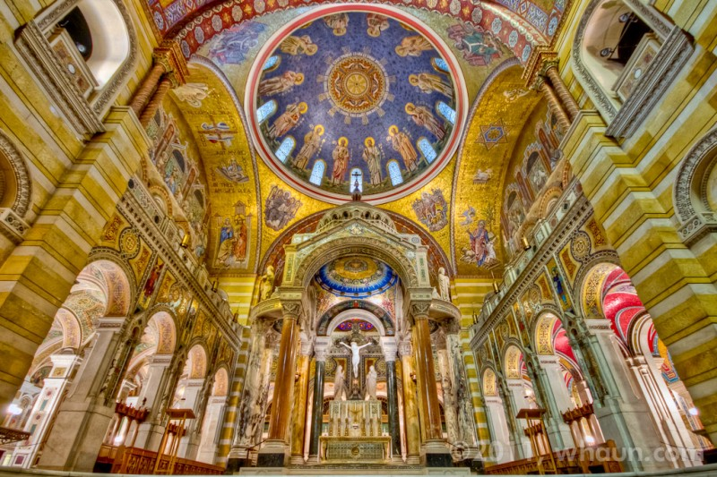 St. Louis Cathedral Basilica in St. Louis, MO. Photo by William Haun.